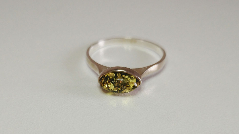 Amber ring A178