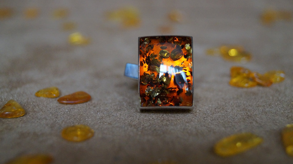 Stunning AmberModa Ring A315