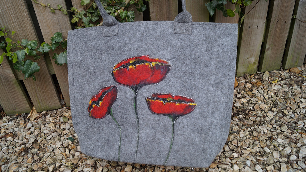 Medium Felt Poppy Bag (zipped) A258