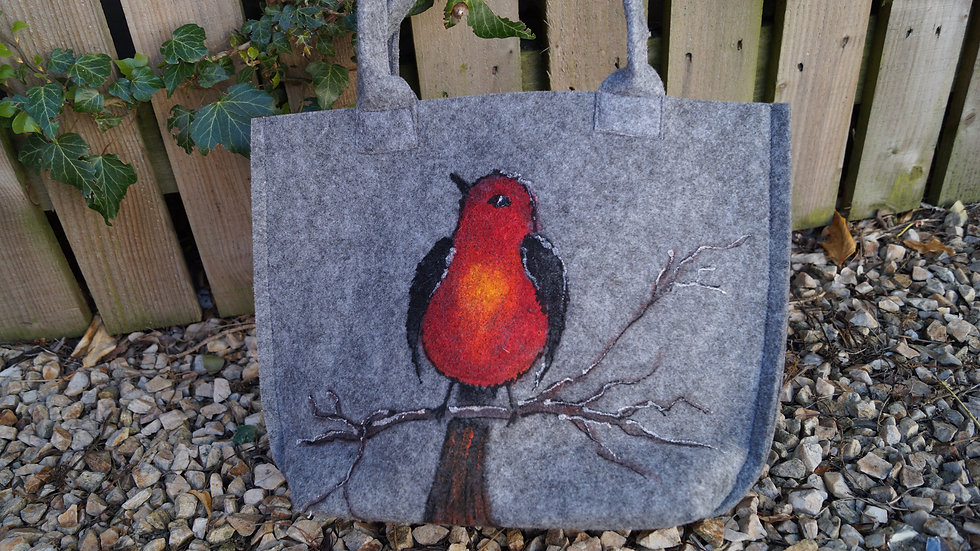 Small Felt Robin Bag with zip A262