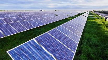 DuPont Solar Farm.jpg