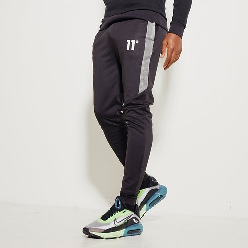 Jogger , Prince Of Wales  Black / White
