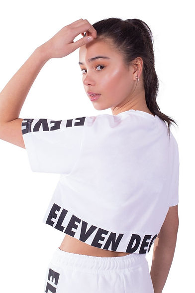 11-degrees-women-printed-panel-cropped-t