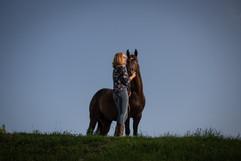 Emma Vic_Horse Photoshoot (13 of 28).jpg
