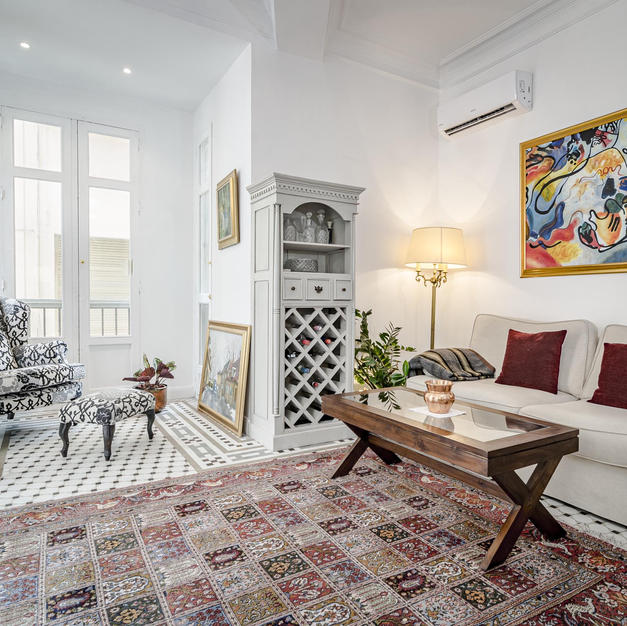 PLM- Classic city apartment in the heart of Malaga