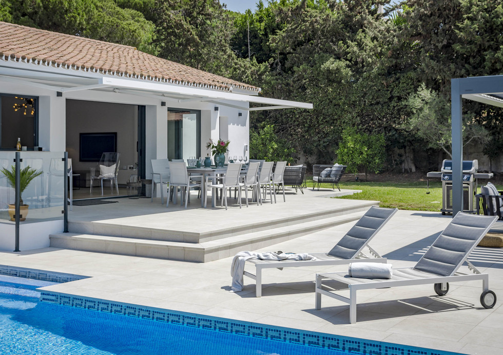 MAR-Private Villa, 400 m to beach. Families only