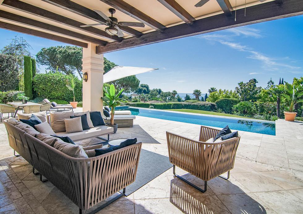 ULC- High security, luxury villa, 6 bedroom