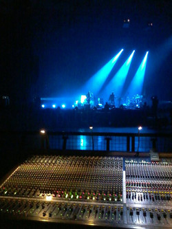 -M- ARENA TOUR