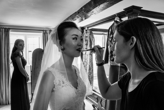 Finishing touches on Sues wedding day