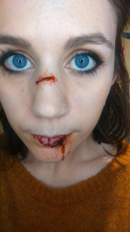 Special effects - Sculpt gel cut nose and lip