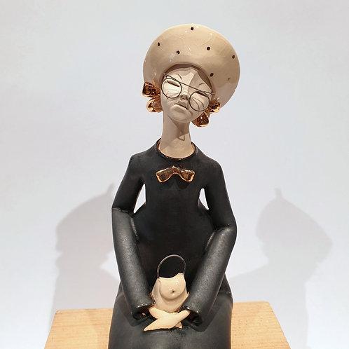 Dama z torebką - czarna
