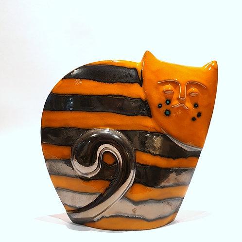 Kot sfinks pomarańczowy