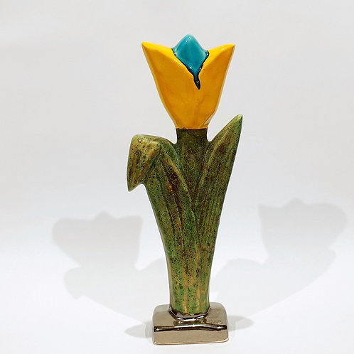 Kwiat tulipan duży