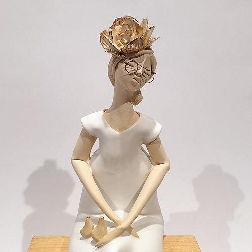 Dama z kwiatem - biała