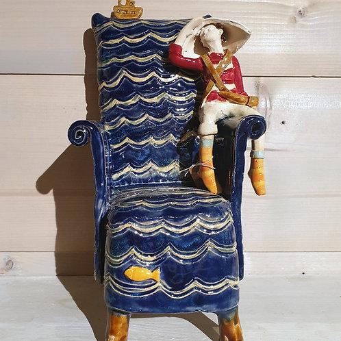Mały podróżnik w fotelu