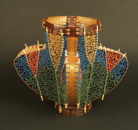 6. Interlaced Vase.jpg