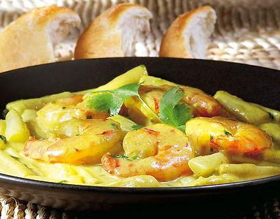 scampi's met asperges in een milde curry