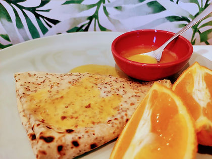 Chiacrepes met sinaasappelsaus.jpg