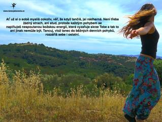Když žena tančí, celý Vesmír tančí s ní