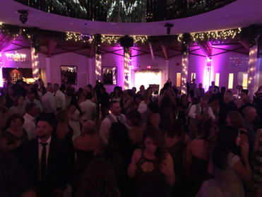 Goldline Entertainment - Dancing - Party - Wedding