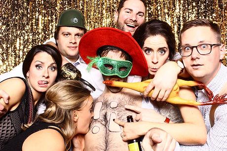 Photobooth, Photo, Booth, Picture, Entertainment, Goldline Entertainment, DJ, Wedding, Microphone, Toronto, Windsor, Kitchener, Burlington, Waterloo, Oakville, Mississauga, Vaughn