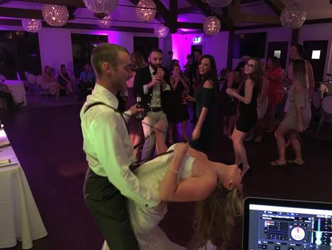 Goldline Entertainment - Bride & Groom - Wedding Dancing - Party – Dance floor