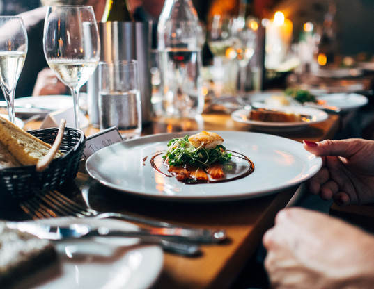 private-dining-table-2-min.jpg