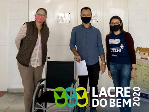 Sicoob UniMais Mantiqueira já conseguiu 5 cadeiras de rodas na campanha Lacre do Bem