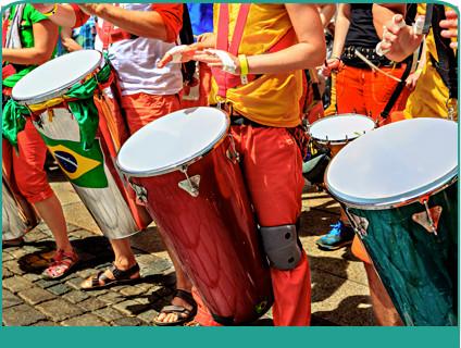 Febraban alerta foliões sobre fraudes envolvendo cartões no carnaval