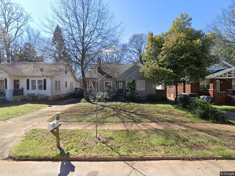 Family House in GA