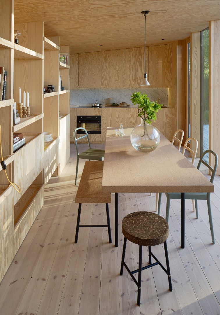 Tak Table with Osterlen Chairs