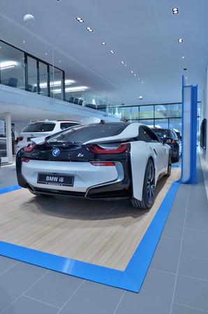 BMW and KIGO
