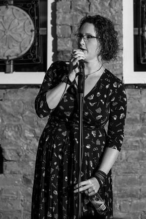 Katrina Davidson @ The Centen  Linda Bone Photographer