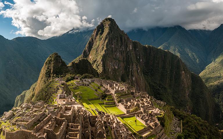 machu-picchu inca ruins.jpg