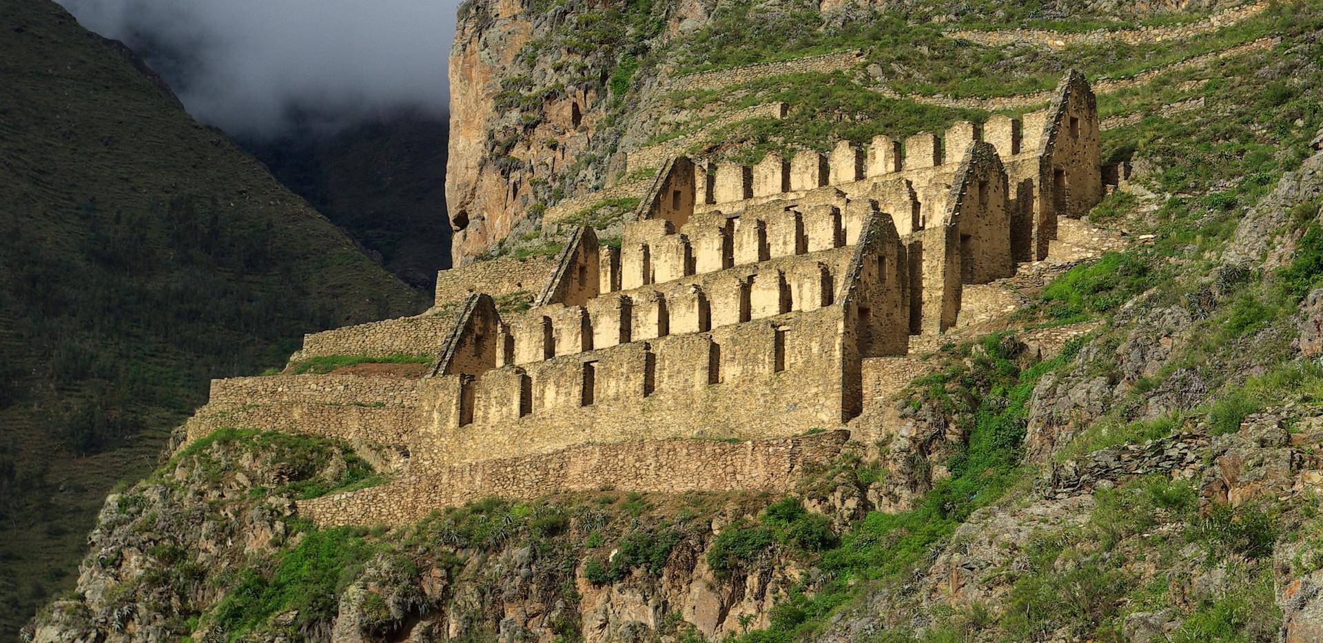 Ollantaytambo Ruins .jpg