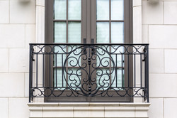 Balcony 1B