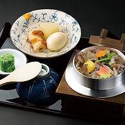 S_牛肉ときのこたっぷり釜めし.jpg
