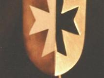 Maltese cross kiltpin