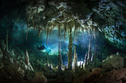 DRSS / Cueva Taina