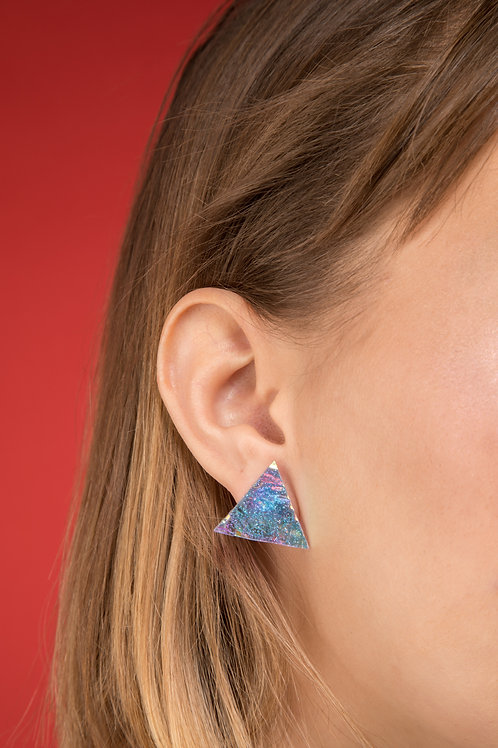 Holographic Triangle Studs