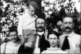 Traducción genealógica - su historia familar en su idioma