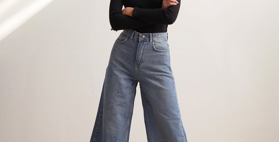 Boyish Cut Denim Pants