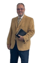pastor%2520pic%2520Bible_edited_edited.png