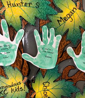 Hand Leaves