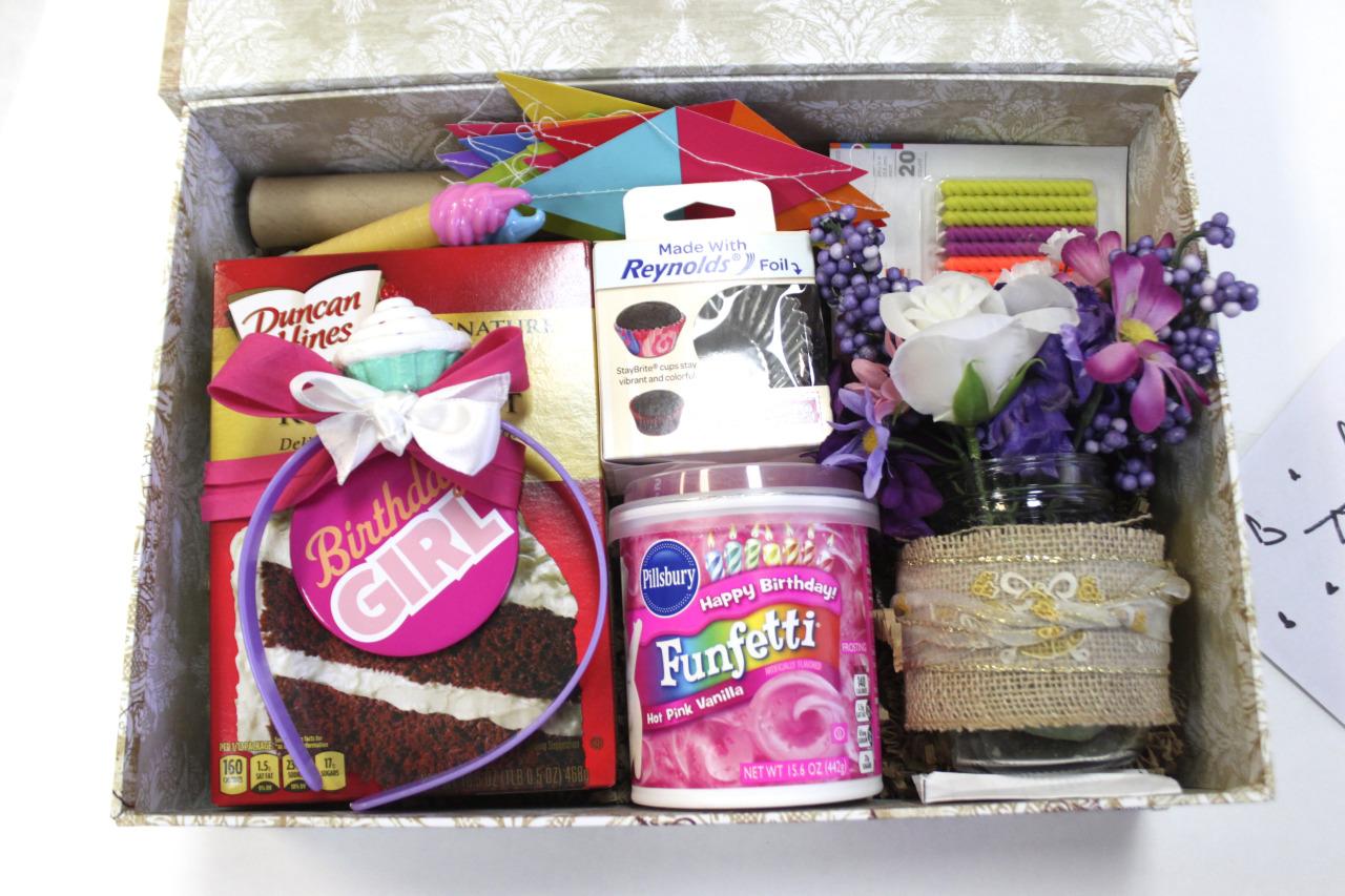 DIY | Birthday In A Box: The Cupcake Baking Kit | mysite