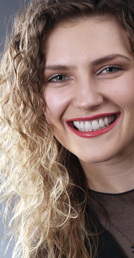 lamina veneer ile gülüş tasarımı