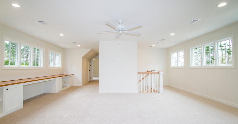 Upstairs Living Area2.jpg