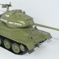 "Tank ""VOZILO A"", 1/35 scale, made by Predrag Hluchy"