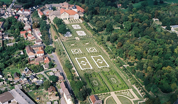 Luftbild Hundisburg klein.jpg
