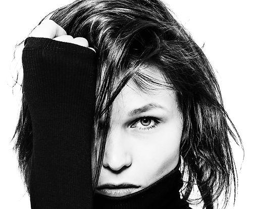 Portrait in schwarz/weiß